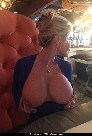 Pleasing Topless Blonde Babe with Pleasing Open Silicone Big Sized Titties & Big Nipples (on Public Selfie Sexual Photoshoot)