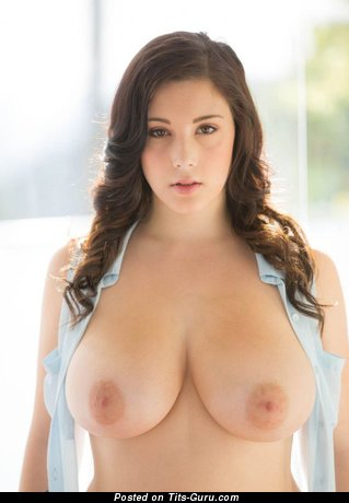 Noelle Easton - Appealing American Brunette Babe with Appealing Bald Natural Mega Boobie (Hd 18+ Pic)