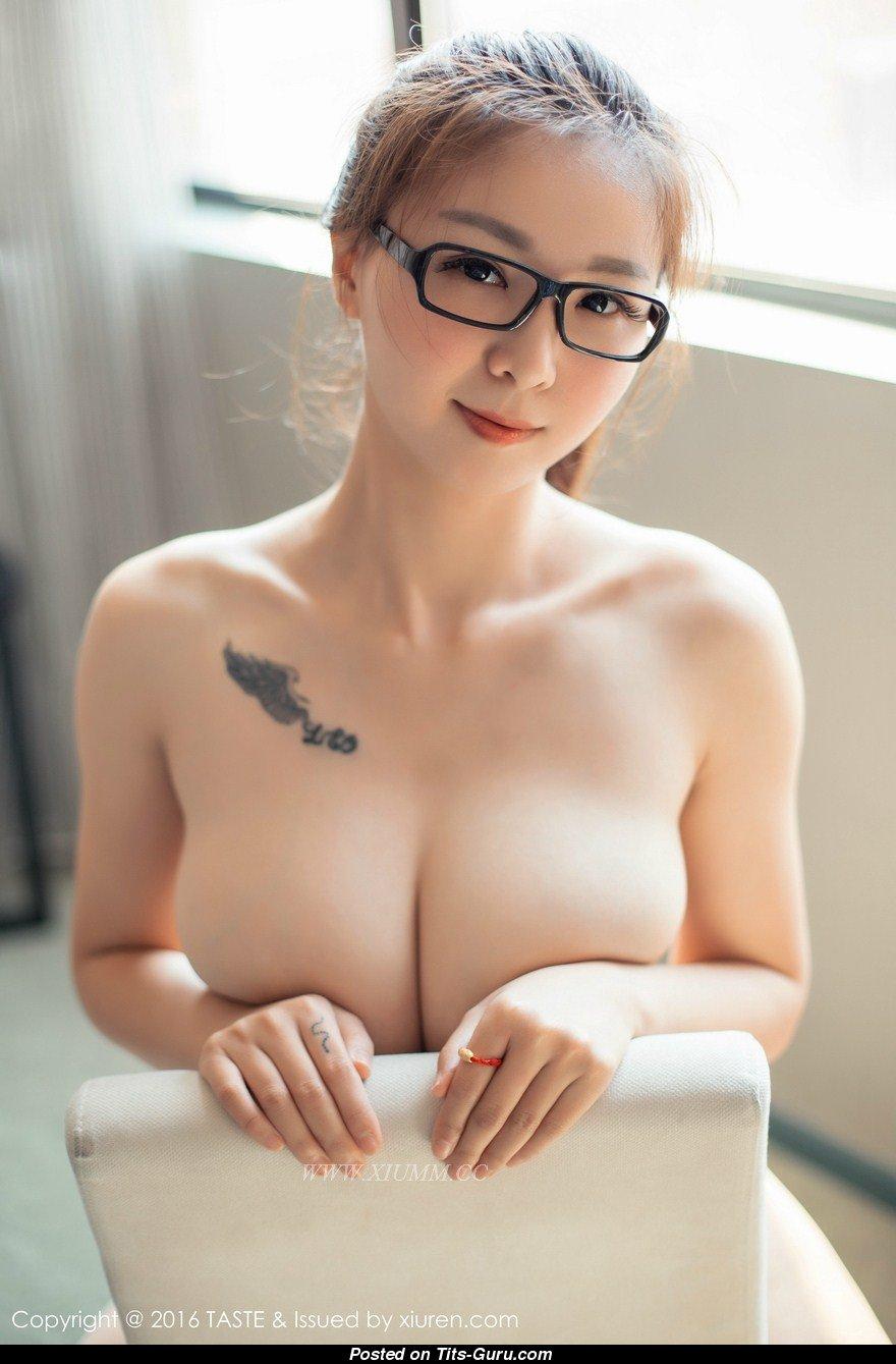 Xiuren nude big boobs