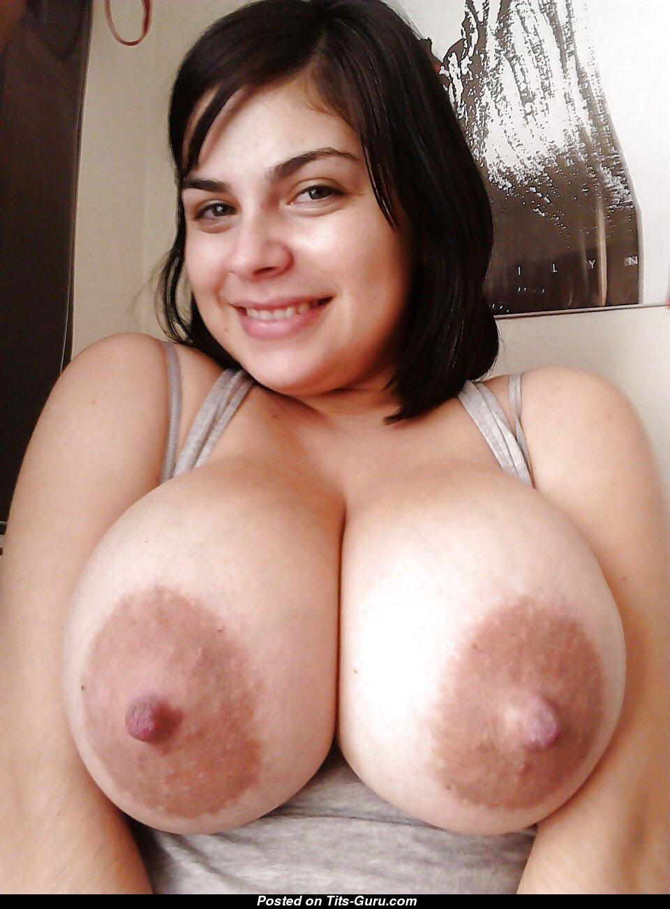 Большие соски большие титьки, порно с огромным хуйом