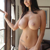 Ava Adams - naked brunette with medium tittys pic