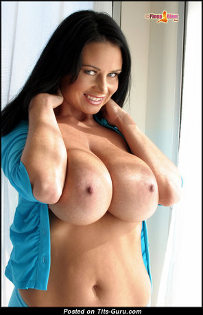 Taylor Kennedy: sexy nude brunette with fake boob & big nipples pic