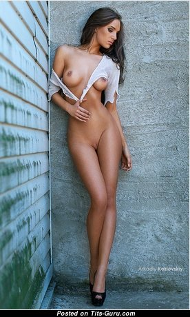 Valenti Vitel - Appealing Unclothed Blonde (18+ Image)