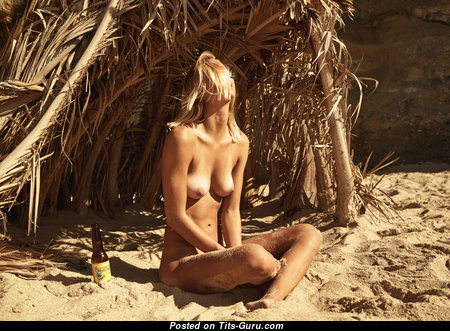 Callie Cattaneo - Good-Looking Naked Blonde with Tan Lines on the Beach (Hd Xxx Photoshoot)
