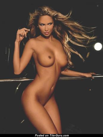 Andrea Jarova - Wonderful Topless Slovak Blonde with Wonderful Bald Normal Tittes (Hd Xxx Picture)