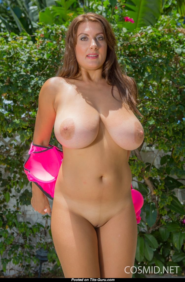 Valory Irene - Babe With Naked Natural H Size Titties Xxx -6215