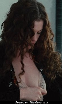 Image. Anne Hathaway - sexy nude brunette with medium natural boob gif