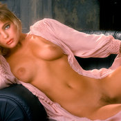 Erika Eleniak - beautiful girl with medium natural tittys photo