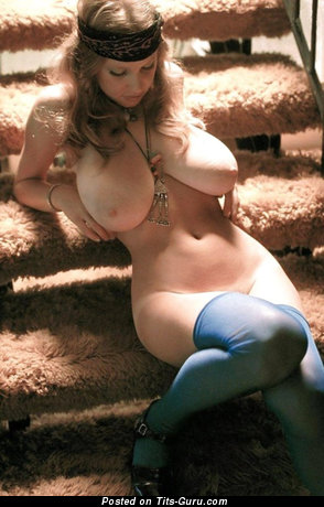 Image. Roberta Pedon - nude wonderful female with huge natural tittes vintage