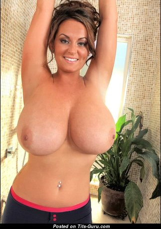 Dazzling Babe with Dazzling Defenseless Natural Full Tit (Porn Photo)