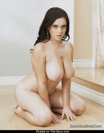 Adorable Bimbo with Adorable Bare Natural Sizable Jugs (Sex Photoshoot)