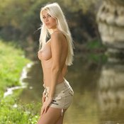 Blonde with big tittys image