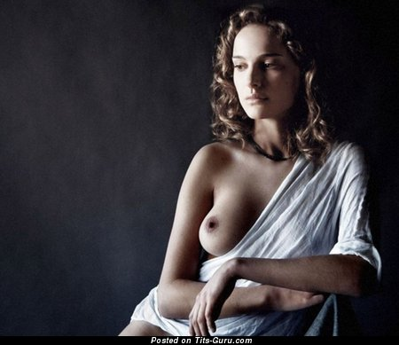 Natalie Portman & Stunning Topless & Painted Israeli Red Hair & Brunette Actress with Stunning Naked Real Microscopic Boobies & Erect Nipples (Sexual Photo)
