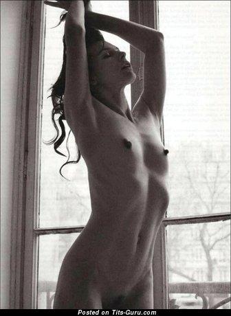 Mila jovovich naked boobs
