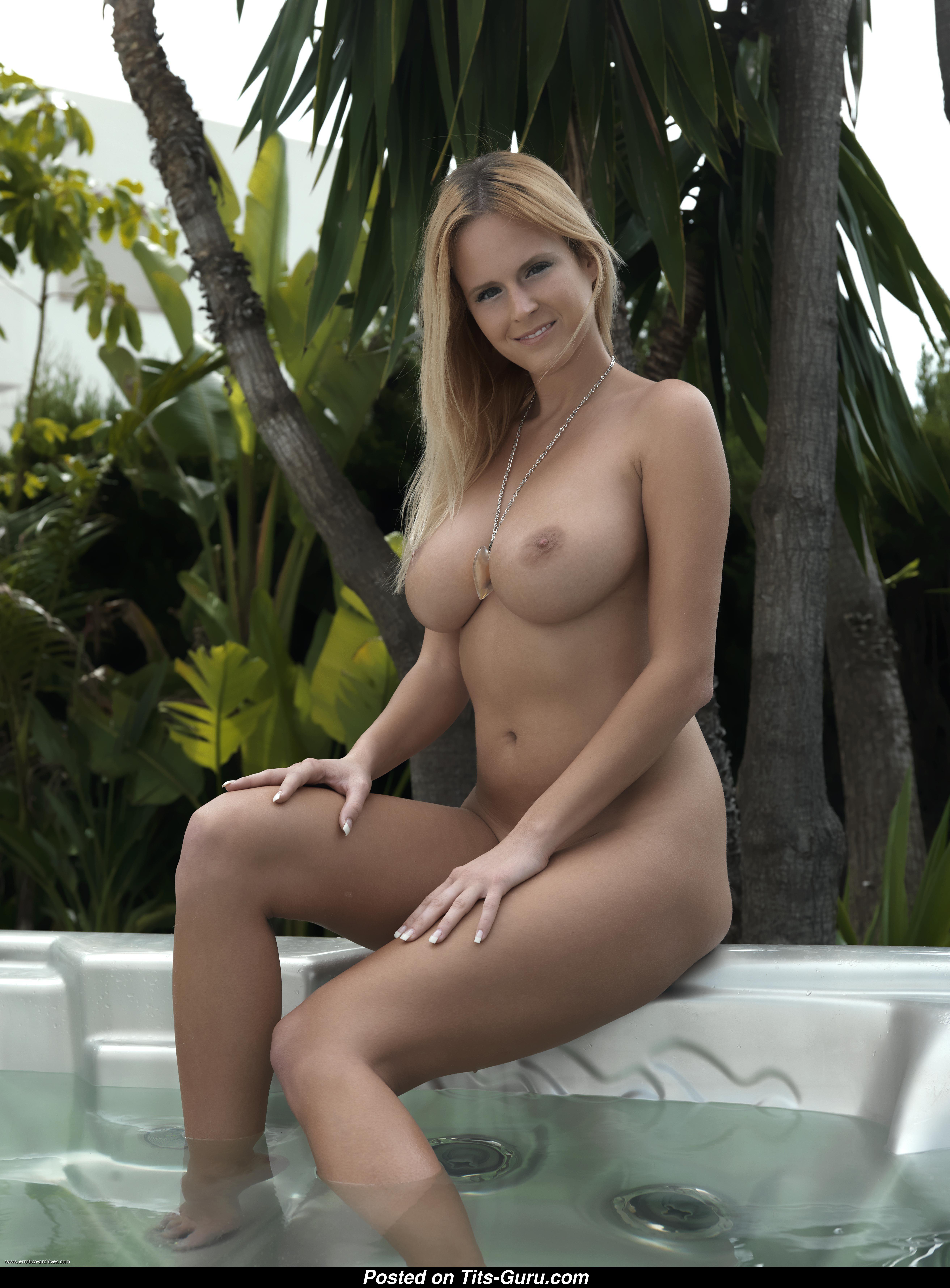 Zuzana Drabinova Nude Photos  Sexy Erotic Girls-2833