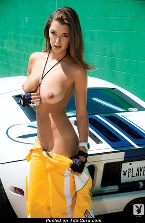 Алиса Арсе - Appealing Topless Playboy Brunette Babe & Girlfriend with Handsome Exposed Real Med Boob & Weird Nipples is Undressing (Porn Pix)