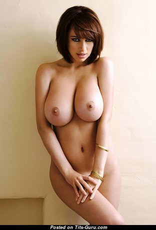 Sophie Howard - Perfect British Red Hair Babe with Perfect Naked Real Ddd Size Titty & Pointy Nipples (4k Sex Foto)