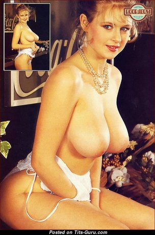 Fascinating Unclothed Chick (Vintage Sexual Photo)