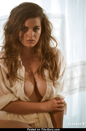 Yummy Babe with Yummy Defenseless Natural Normal Busts (Hd 18+ Photo)