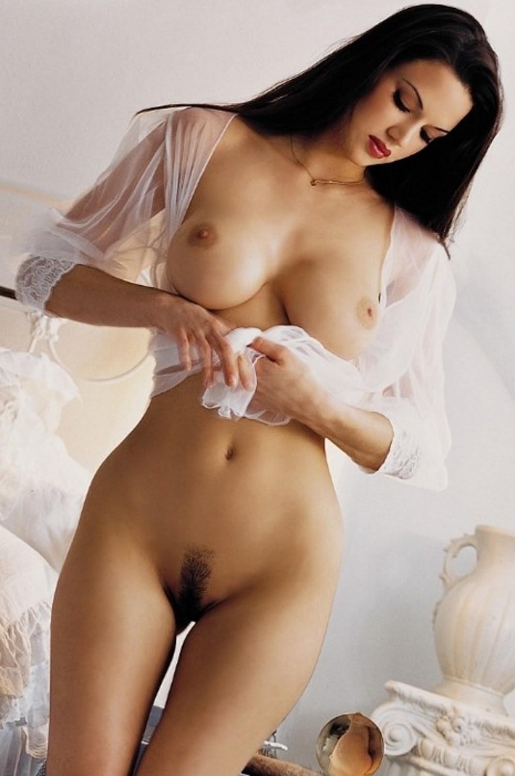 Эротика голые женщины секс 21 фотография