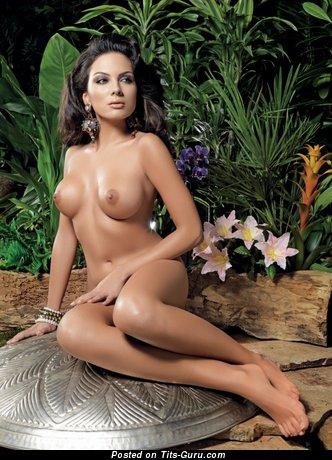 Картинка сексуальной обнажённой модели