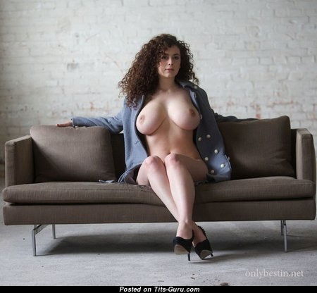 Hot Babe with Hot Bare Real Soft Jugs (Hd 18+ Image)