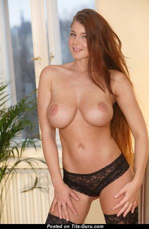 Lucy Li - Dazzling Czech Brunette Babe & Pornstar with Dazzling Bare Average Melons & Long Nipples (4k 18+ Photo)