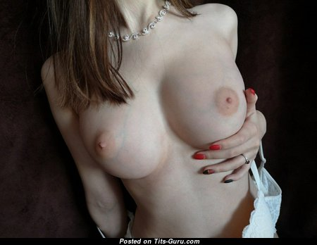 Grand Topless Red Hair with Grand Defenseless Natural Medium Sized Melons (Amateur Hd 18+ Pic)