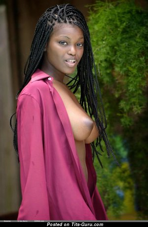 Image. Deserea - naked ebony with big natural boobs and big nipples photo