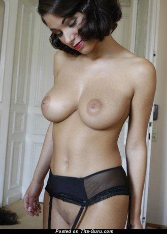 Janine Habeck - изображение умопомрачительной голой тёлки