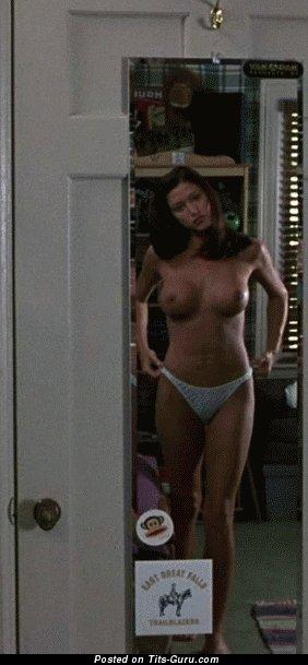 Shannon Elizabeth - topless beautiful lady with medium tits gif