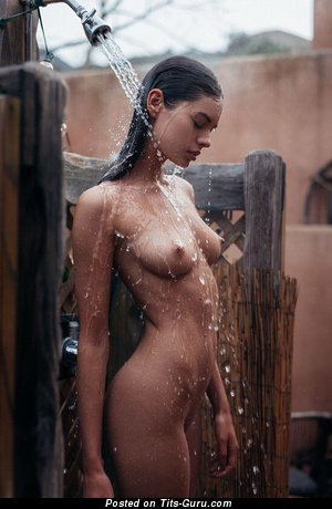 Lovely Wet Babe with Lovely Exposed Natural Jugs (Sex Picture)