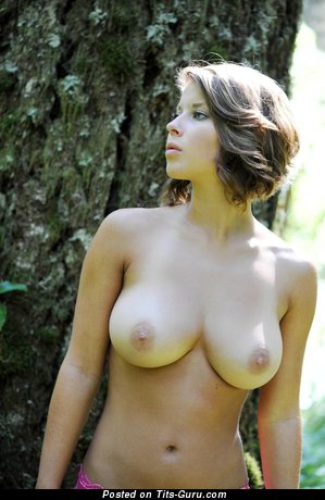 Abby Porter - nude blonde with medium natural tittes picture