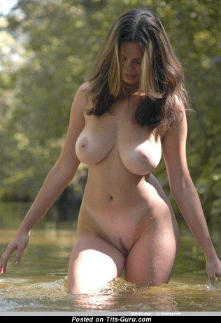 Stunning Brunette Babe & Girlfriend with Magnificent Nude Natural Regular Boobies (Hd Xxx Pix)