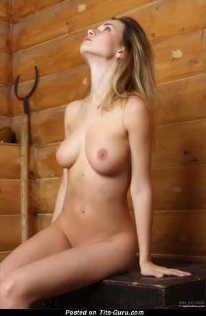 Image. Naked awesome female with natural boob picture
