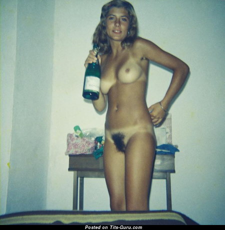 Daniela Garren - Delightful Lassie with Delightful Defenseless Real Minuscule Tittes (Home Sex Pix)