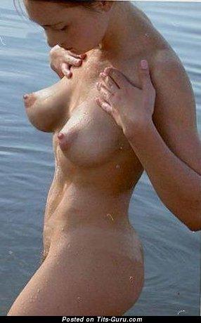 Изображение. сиськи фото: мокрые сиськи, натуральная грудь, большие сиськи