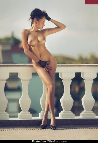 Image. Naked amazing girl with natural boobs image