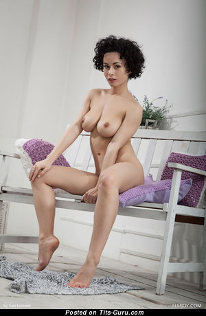 Image. Pammie Lee - naked hot woman image