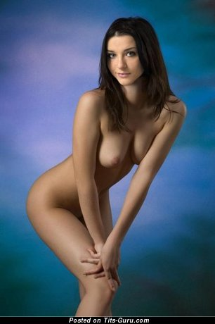 Nude awesome lady with medium natural tittes picture