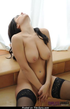 Image. Naked hot lady with natural boob pic