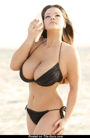 Maria Von Zarring - naked brunette with big tits picture