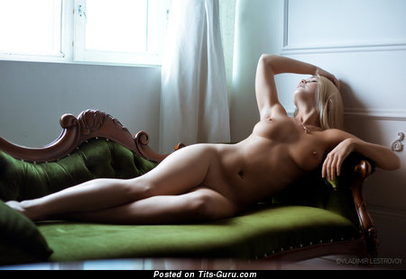 Image. Nude awesome woman with medium natural boob photo