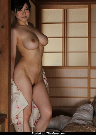 Image. Okita Amri - amateur nude nice woman with medium tittys pic