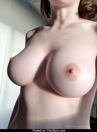 Stunning Babe with Stunning Open Silicone Melons (Porn Image)