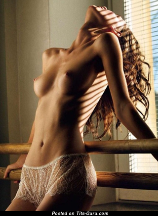 Image. Nude awesome girl pic