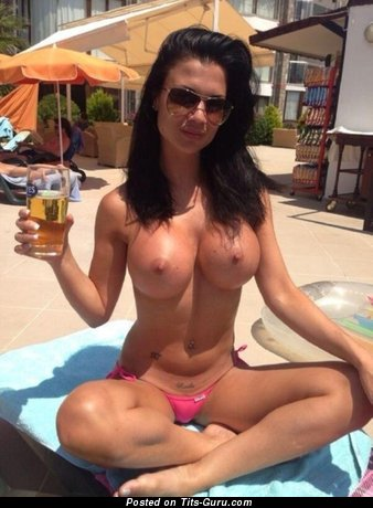 Image. Nude hot lady with big fake tittys pic