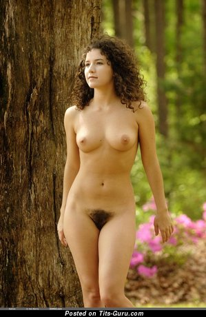 Amazing Brunette with Amazing Exposed Soft Boobys (Hd Sexual Pic)