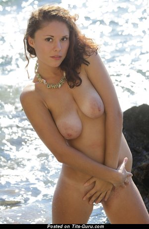 Image. Naomita - naked awesome female with medium natural boob photo
