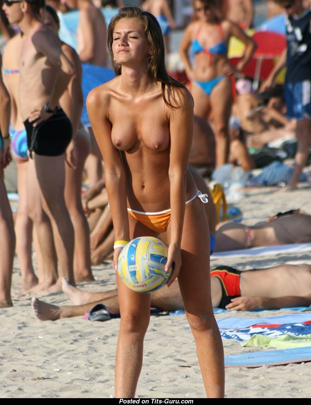 Sexy volleyball girls naked